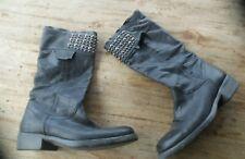 now  mid bottes cuir noir Bon  état fabriquées  artisalement Pointure 39