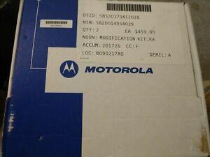 MOTOROLA HT750 16CH VHF Portable Radio AAH25KDC9AA3ANFG NEW open box w/ charger