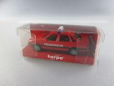Herpa:VW Passat Feuerwehr Einsatzfahrzeug Nr. 4133    (GK83)