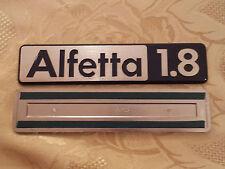 sigla ALFETTA 1.8 alfa romeo scritta posteriore fregio originale rear sign badge