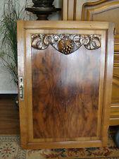 ancienne porte de buffet , meuble en bois sculpté   ART DECO