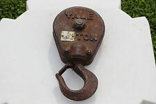 Vintage Antique Yale Pulley One Ton Green Iron Industrial Old Single Wheel Tool