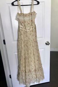 Vintage 70s Gunne Sax Dress Floral Prairie Ivory Lace Details Tiered Maxi Size 9