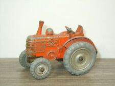 Field Marshall Tractor - Dinky Toys 301 England *45559