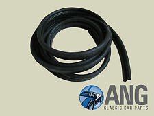 TRIUMPH STAG MkI & II BOOT, TRUNK LID RUBBER SEAL YKC68