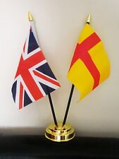 UNION JACK AND ORKNEY ISLANDS (OLD STYLE) TABLE FLAG SET 2 flags and GOLDEN BASE