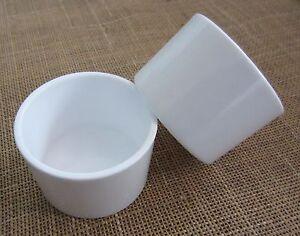 Round  pots large x 12