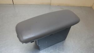 03-11 Mercury Grand Marquis Crown Victoria Mercury Marauder Center Console Lid