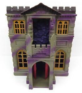 BATMAN Bruce Wayne Manor Secret Hideaway Foldout Mansion Playset