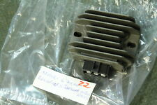 M10) VESPA GT 125 200 redresseur neuf 58090R et 4 LX LXv S Régulateur de tension