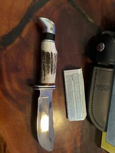 Buck Knives  103 Stag Skinner Fixed Blade Knife with Leather Sheath