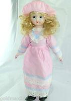 Puppe mit rosa blauem Kleid & Hut / Porzellankopf & Stoffkörper / ca. 40 cm