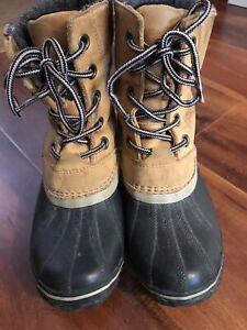 Sorel Slimpack II Lace 1702251286 Duck Boot, Women's Size 8.5, Wheat
