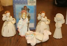Lot of 5 Figurines (3 Angels and 2 Women Figurines)