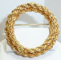 "LOVELY Vintage Signed Hobe 1-1/2"" Eternity Double Gold Tone Chain Circle Brooch"