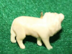 Vintage Celluloid Puffy LION Charm Cracker Jack Toy Prize 1940's
