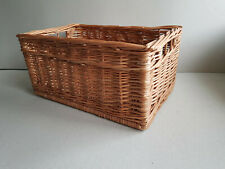 Wicker Storage Basket Eco Friendly Medium Kitchen Bathroom 27 x 40 cm