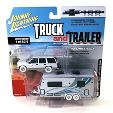 CHASE 1997 Chevy Tahoe with Camper Trailer 1:64 Diecast Johnny Lightning JLSP019