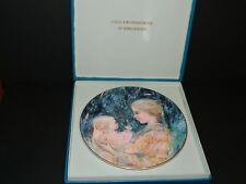 "Edna Hibel ""Kristina & Child"" Collector Plate by Royal Doulton 1975"