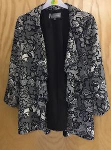 M&S Black White Floral Size 16/18 Waterfall Wrap Cardi