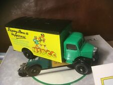 CORGI CLASSICS NEUF 1/43 BEDFORD VAN NSPCC protection de l'enfance camion