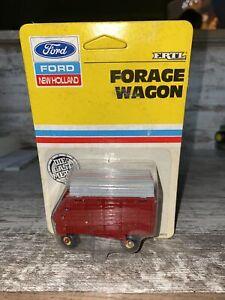 1/64th Scale Ford New Holland, Forage Wagon  Error Gray Top Ertl Die-Cast