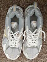 Womens nike shoes size 8