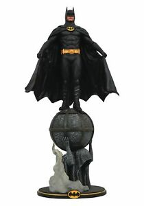 Batman 1989 Michael Keaton The Dark Knight DC Comics Movie Gallery PVC Statues