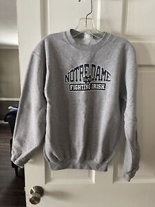 Boys Champion Norte Dame Sweatshirt Size XL 14-16