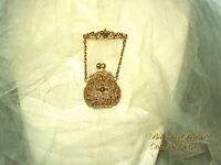 VINTAGE VICTORIAN STYLE MOTIF MINIATURE GOLD TONE METAL REAL PURSE BROOCH/PIN