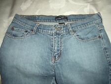 NEW YORK & COMPANY VINTAGE FLARE STRETCH BLUE JEANS SZ 6 PETITE. HONG KONG