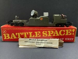 Triang Hornby Battle Space Searchlight wagon