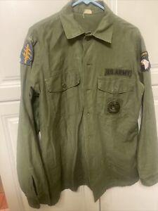 Vintage Vietnam Era 1972 Shirt Airborne With Patches 17 16 1/2×36 Sateen