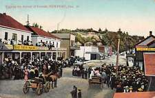 Newport Oregon Waiting the Arrival of Friends Bay View House Postcard J61287