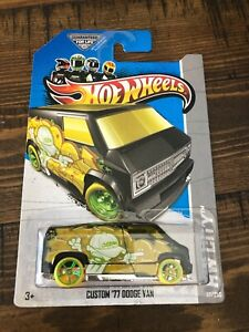 HOT WHEELS 2013 Treasure Hunt Custom '77 Dodge Van