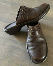 Women's CLARKS Brown Leather Slip On Clogs Mules Shoes Size 8