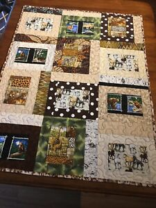 """Handmade quilt, 45 """" X 35"""", WILD HORSES QUILT. Free motion quilted. Kids."""