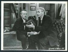 The Last Angry Man '59 PAUL MUNI HOLDING UP A BOOK RARE