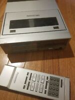Vintage  1980'a Panasonic PV-8000 Portable Video Cassette Recorder VHS +remote