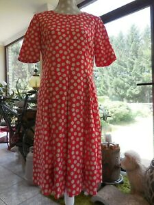 Barbara Kessels Designer Kleid Gr. 40 Rot Weiß Beige Dots Business Kellerfalten