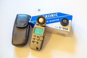 Sekonic L-358 Flash Master Light Meter - barely used!