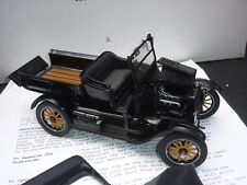 A Danbury mint scale model of a 1925 Ford model T Runabout,  boxed