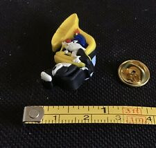 Warner Bros Sylvester The Cat Playing Tuba Rubber Vintage Pin Badge