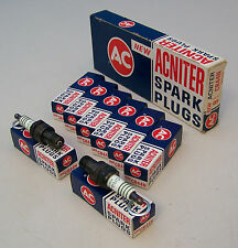 Box (8) NOS AC CR44N ACNITER Spark Plugs 4 Equal Green Rings 5613313