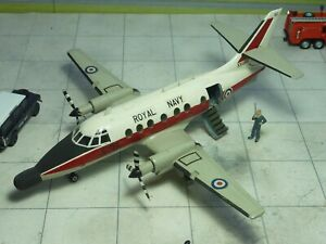 BAe Jetstream T.2 XX469 Royal Navy 1/72 kit built & finished for display