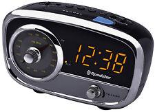 Roadstar CLR-2560 Uhrenradio mit Aux Eingang, Weckfunktion durch Radio oder BEEP