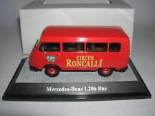 Premium Classixxs Mercedes Benz L206 Zirkus Roncalli Bus Kastenwagen, 1:43