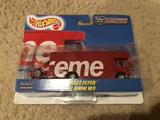 Supreme®/Hot Wheels™ Fleet Flyer + 1992 BMW M3 SS19