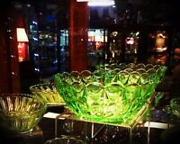 Green Depression Art Deco Glass Fruit Bowl