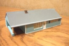IMEX N SCALE LEVITTOWNER HOUSE BUILT-UP BUILDING